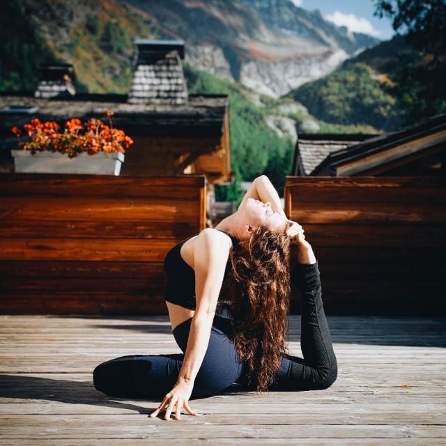 Rives yoga